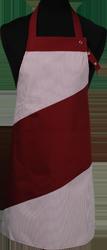 Paspop foto van Hobbyschort diagonaal met verstelbare nekband. Nekband is d.m.v. drukkers te verstellen